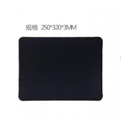 鼠标垫-250*320*3 R5精锁边全黑垫
