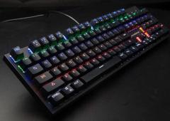 森松尼 J5 机械键盘 黑色 青轴